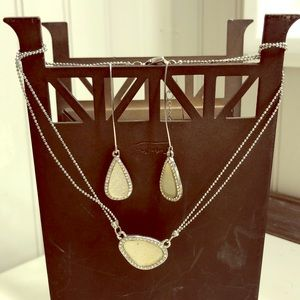 Jewelry - Necklace and Earring set